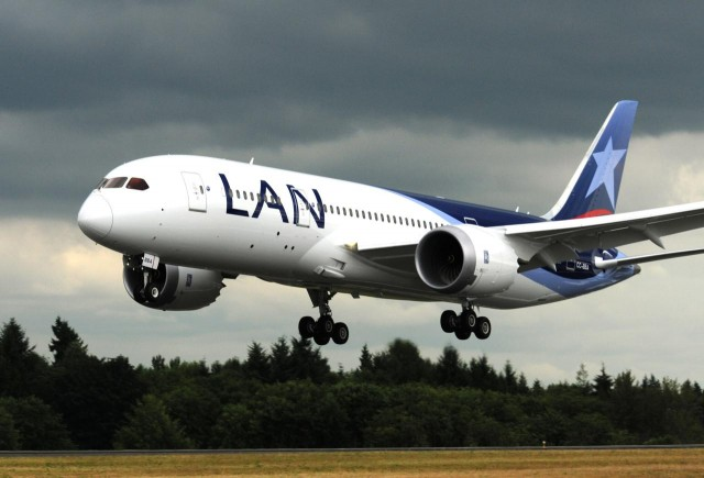 LAN's first Boeing 787 Dreamliner (CC-BBA) at Paine Field. Image by Tony Rodgers.